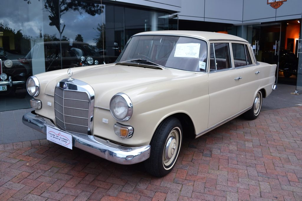 1968 Mercedes-Benz 200D Fintail