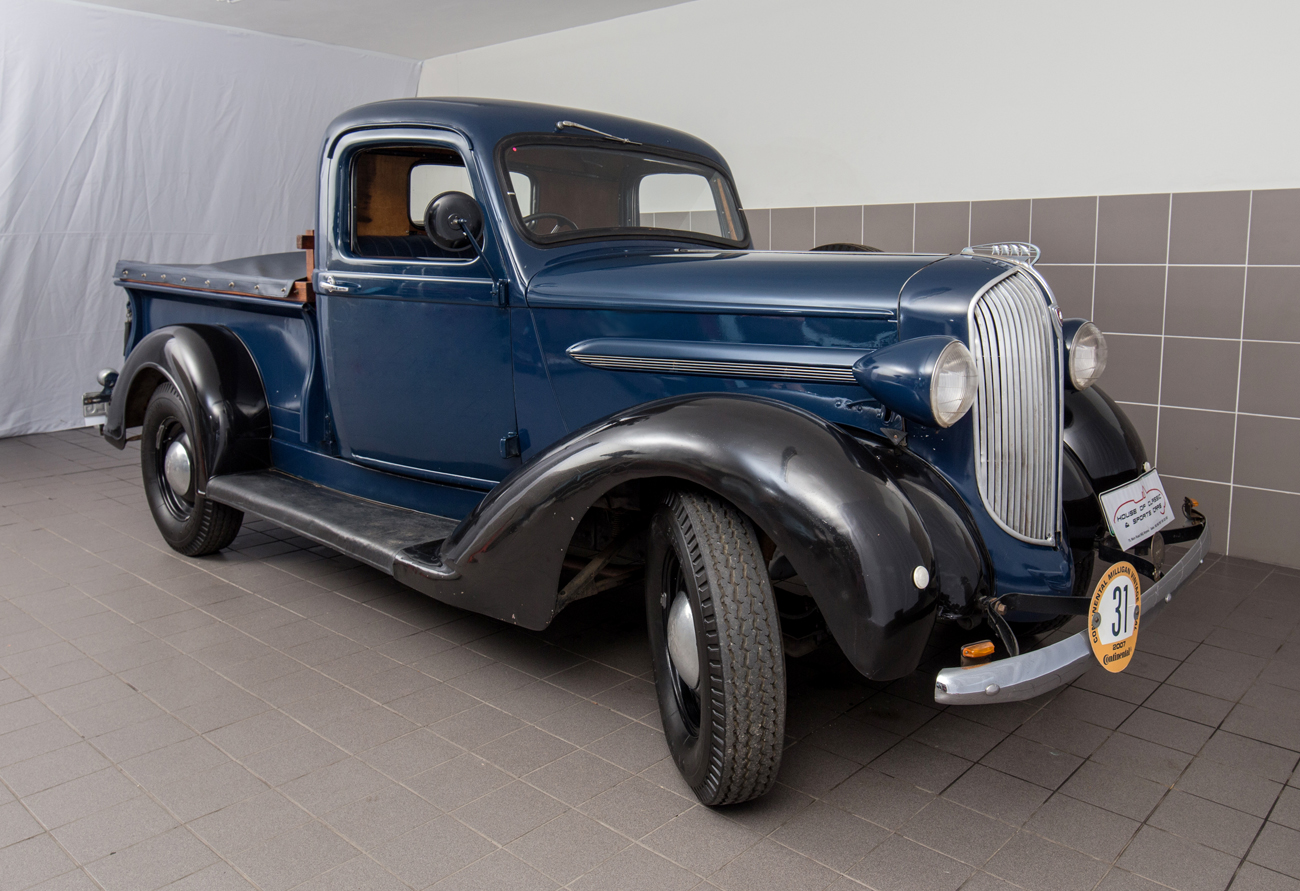 1937 Plymouth Pick-Up