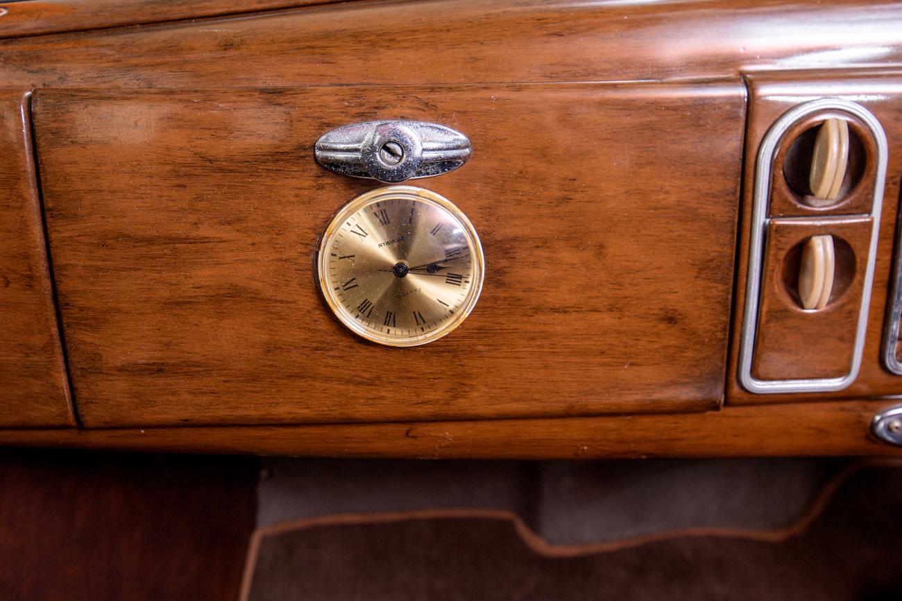 1938 Ford V8 Sedan