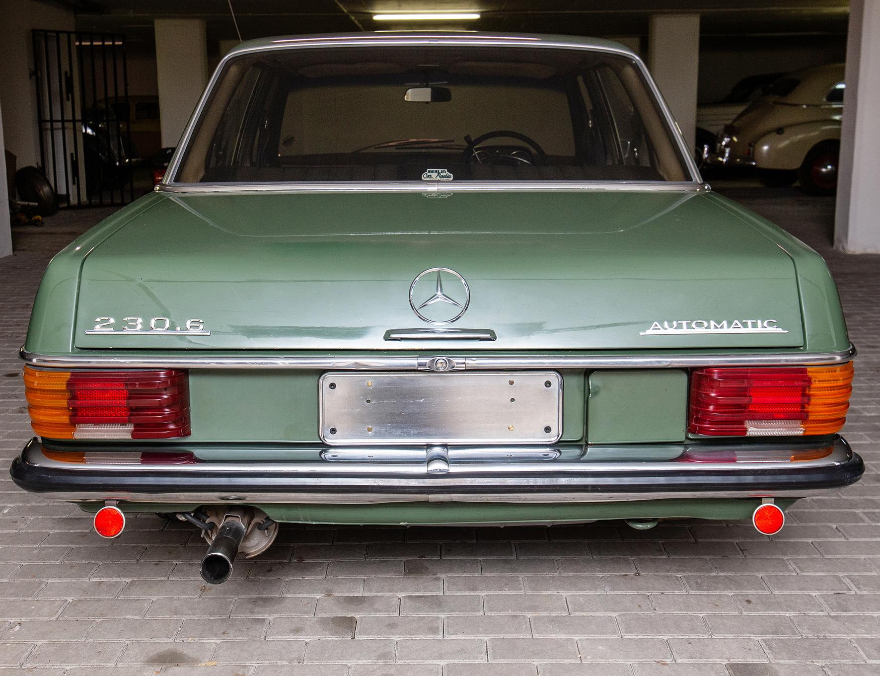 1971 Mercedes-Benz 230.6