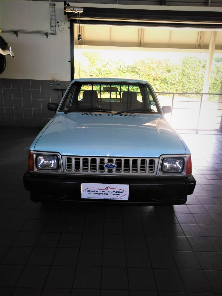 1989 Ford Courier Pick-Up